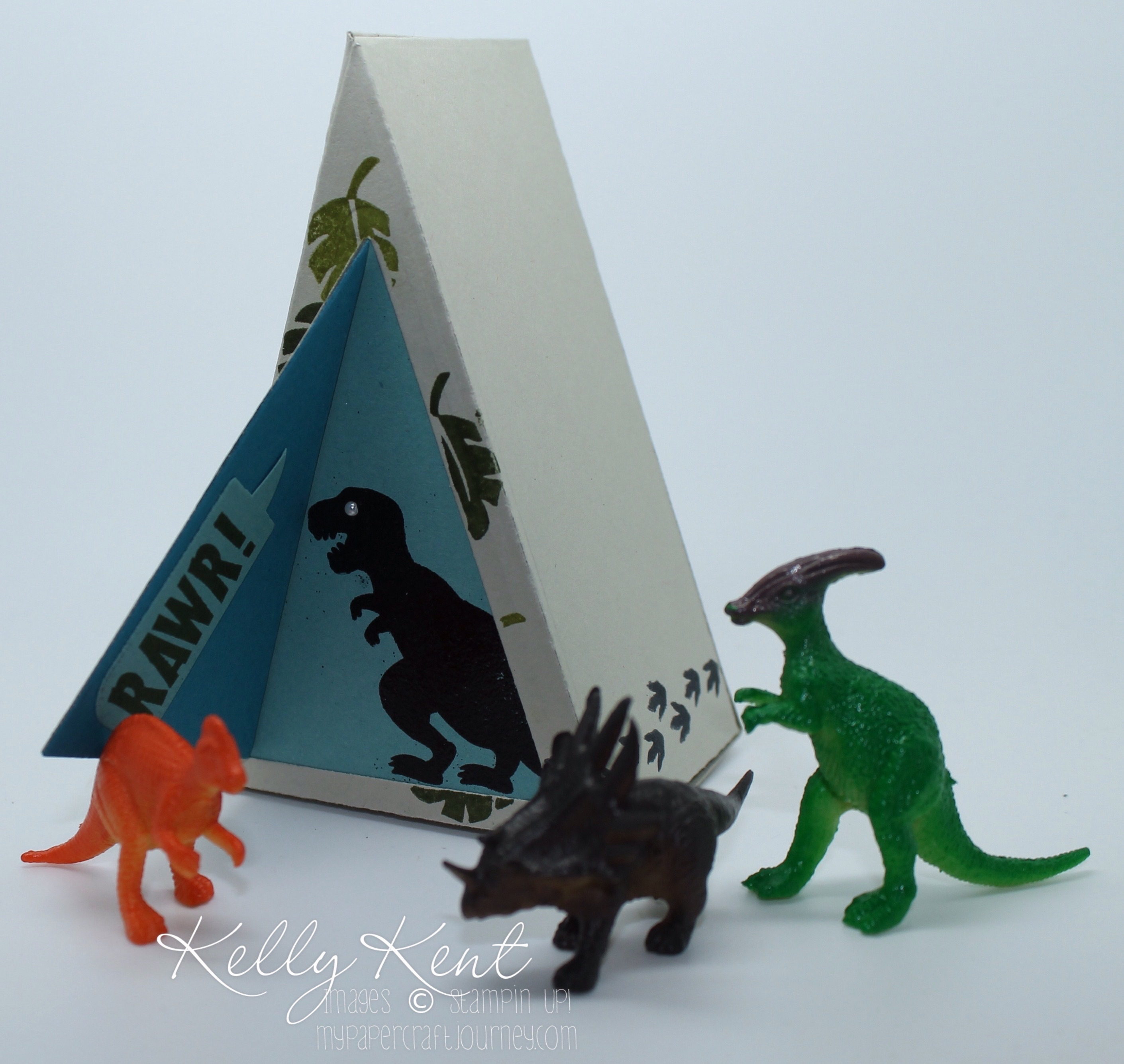 Dinosaur Cave Cutie Pie Thinlits (including triangle shape) No Bones About It Stamp Set
